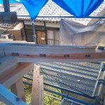城屋根の家 隅木